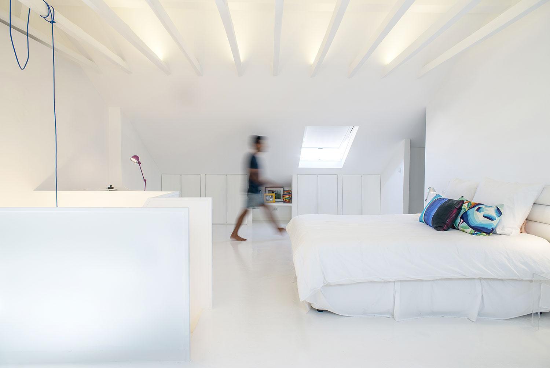 dc ad white attic architecture 01