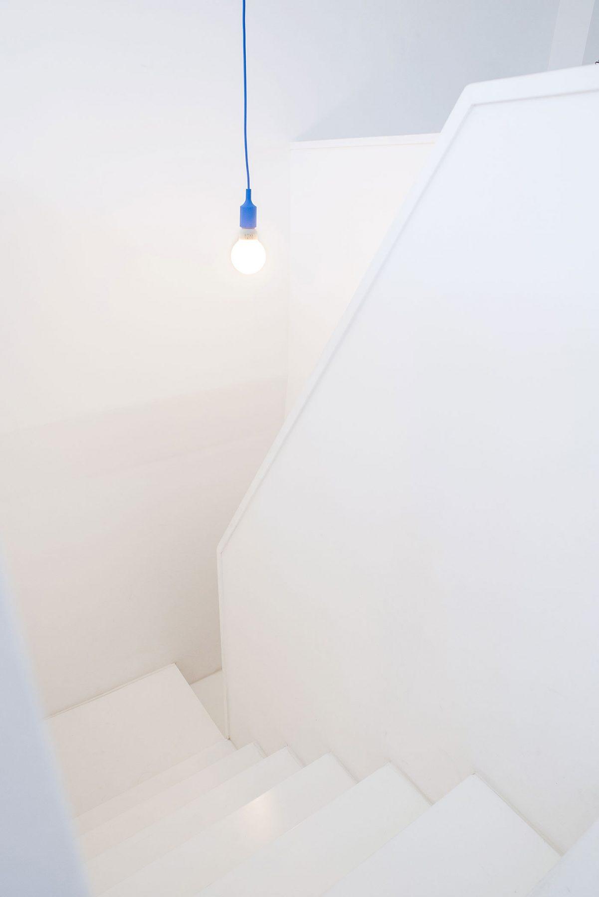 dc ad white attic architecture 03