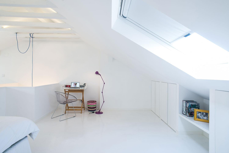 dc ad white attic architecture 06